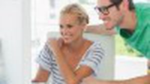 4 วิธี รับมือกับ ผู้ชายขี้หลี ในที่ทำงาน