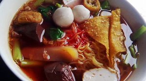 10 Places Recommended for Pink Soup Noodles, Yen-ta-foe, In Bangkok