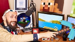 ยอมเลย! ชายคนนี้เดินผจญภัยในเกมส์ Minecraft ถึง 4 ปี จนได้สถิติโลก !
