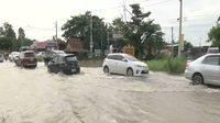 สถานการณ์อุทกภัย 19 จังหวัด กระทบ 42 สายทาง ผ่านไม่ได้ 9 สายทางน้ำท่วมสูง
