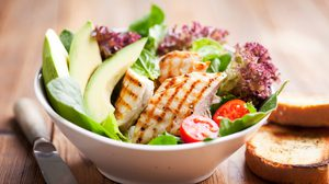 ป่วยเป็น โรคหลอดเลือดในสมอง ต้องเลือกทานอาหารอย่างไรดีนะ?