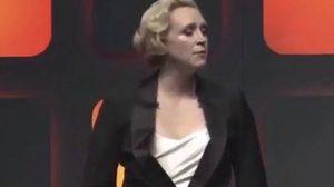 กึกก้องทั้งหอประชุม! แฟนคลับ Star Wars ร้องเพลงชาติฝรั่งเศสสดุดีเหตุการณ์ในเมืองนิซ