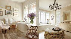 4 ข้อควรรู้ สำหรับ ตกแต่งห้องน้ำ ด้วยการ  ตั้งโชว์ผลงานศิลปะ
