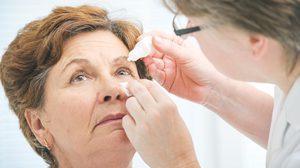 หมอย้ำเป็นเบาหวาน ควรตรวจตา อย่างน้อยปีละครั้งป้องกัน โรคเบาหวานขึ้นตา