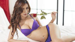 โซเฟียร์ กวินตรา Playboy มาพร้อมกับสัดส่วน 35-24-35 เซ็กซี่ที่สุดในสามโลก