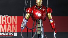 Iron man Mark 3 เวอร์ชั่นซ่อมแซมครึ่งตัว จาก Hot toys
