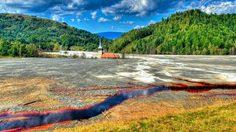ทะเลสาบอาบยาพิษ ประเทศโรมาเนีย
