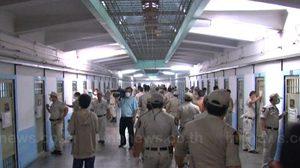ไล่ออก14ผู้คุมเรือนจำรับเงินลอบขายยานักโทษ