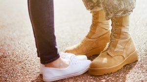 มีแฟนทหารดีต่อใจ 10 เหตุผลที่ สาวๆ ควรเปิดใจให้ หนุ่มในเครื่องแบบ!