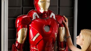 Iron Man 3D ติดผนังขนาดเท่าตัวจริง! เปิดไฟได้ จาก Bandai
