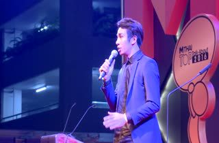ก้อง ห้วยไร่ โชว์เพลง ไสว่าสิบ่ถิ่มกัน MThai Top Talk About 2016
