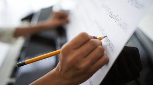 ดุริยางคศาสตร์ เรียนเกี่ยวกับอะไร? เลือกเรียนที่ไหนดี? เรียนจบแล้วทำงานอะไร?