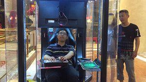 ห้างสรรพสินค้าในเซี่ยงไฮ้เปิดตัว ตู้เกมส์ สำหรับเหล่าพ่อบ้าน ขณะรอสาวๆ ชอปปิ้ง