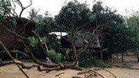พายุพัดถล่มหลายจังหวัด ต้นไม้หัก ทำบ้านเรือนประชาชนเสียหายอื้อ
