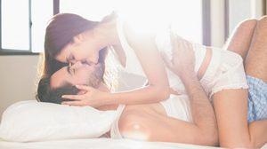 50 ท่ากามสูตร ตามแบบฉบับตำรา ท่ารักสร้างเสริมความสัมพันธ์ให้ชีวิตคู่ (18+)