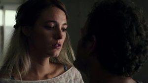 เบลก ไลฟ์ลี กลับมามองเห็นก็จริง แต่บางสิ่งกลับไม่น่าไว้ใจ ในตัวอย่างหนัง All I See Is You