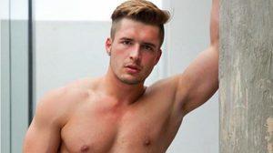 ทนไม่ไหวอีกต่อไป Mr Gay World 2015 ลาออกจากตำแหน่ง