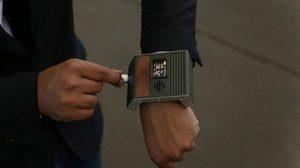 นาฬิกา the Communicator Watch โดดเด่นไม่เหมือนใคร