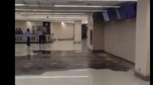 สยอง! คลิปท่อน้ำแตก กลางสนามบินดอนเมือง