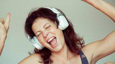 เพลงรัก กับ ดวงความรัก 12 ราศี โดย อ.อ้าย ปุญญชา และ คุณโอ้ เสกสรรค์