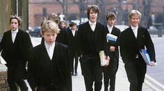 ฟินเฟร่อ! นักเรียนชายล้วนที่ดูดีที่สุดแห่งอังกฤษ Eton College