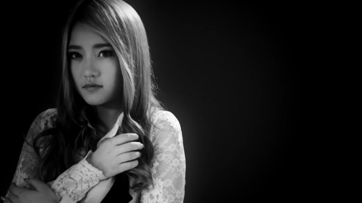 [MONO MUSIC Bar] นิทานเรื่องเก่า - เน็ท Candy Mafia [Official MV]