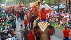 ประเพณีไหว้ พระธาตุช่อแฮ เมืองแพร่ แห่ตุงหลวง ปี 2557