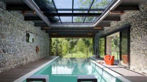 10 สระว่ายน้ำในบ้าน ที่คุณเห็นแล้วจะต้องร้องว้าว