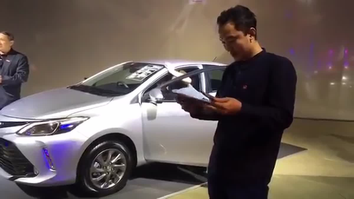 [Live] รีวิว Toyota Vios MY17 ไลฟ์สดจากงานเปิดตัว