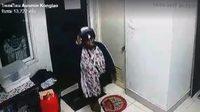 เตือนภัย!! คนร้ายหญิงร่างท้วม-ผิวคล้ำ ก่อเหตุพังประตูบ้าน ก่อนเข้าไปลักทรัพย์