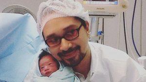 พีธ พีระ ปลื้ม! ภรรยาคลอดลูกชายคนแรก