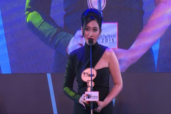 ประกาศรางวัล The Most Top Talk-About  Lady 2015